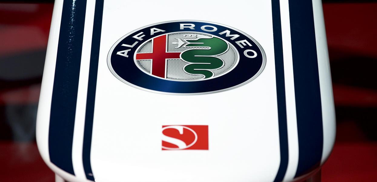 171202_Alfa-Romeo_Team-F1_14_new